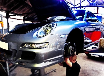 Porsche 997 water pipes repair