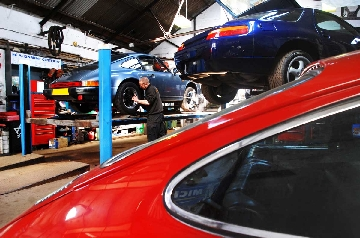 Specialist Porsche repair workshop in Devon