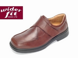http://www.widerfitshoes.co.uk/ website