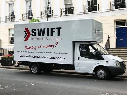 https://www.swift-removalsandstorage.co.uk/ website